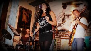 Rock en TODO MUNDO! con SANDRA DANNA.